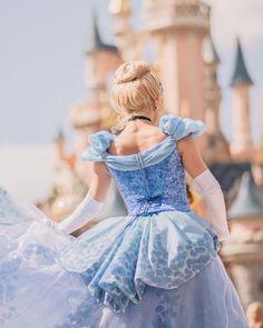 Cinderella Disney, Disney Fun, Disney Parks, Disney Princesses, Disneyland Resort, Disneyland Paris, Hard Photo, Disney Face Characters, Girls Dream