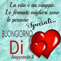 Le Migliori Immagini del Buongiorno per WhatsApp e Facebook! Italian Phrases, Love Images, Leonardo Dicaprio, Good Morning, Humor, Genere, Facebook, Audi, Good Morning Wishes