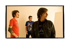 A banda leva seu rock alternativo ao espaço cultural em Copacabana, em show gratuito, às 19h30.