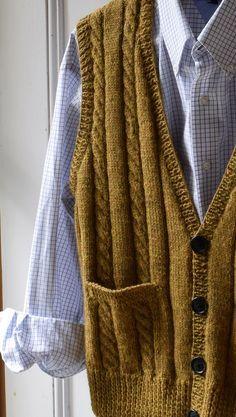 Classic men's vest - maddycraft.com