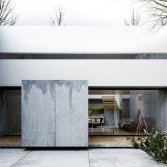00-Casa-B-Ext.jpg; 1399 x 1399 (@59%)