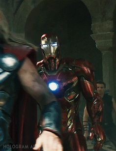 Did you See the IRON MAN Mark 45 Armor in the New AVENGERS: AGE OF ULTRON Trailer? | The Daily SuperHero
