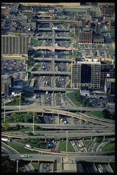 Dan Ryan Chicago - One of the scariest roads to drive Visit Chicago, Chicago City, Chicago Skyline, Chicago Area, Chicago Illinois, City Buildings, Chicago Buildings, The Blues Brothers, My Kind Of Town