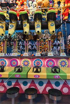 Najwięcej kolorów miewa dzieciństwo #zabawa #maskotki #gry #karnawał #radość #kolory