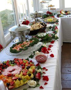 A view of finger foods we catered at a wedding in Abingdon, Va. - A view of finger foods we catered at a wedding in Abingdon, Va. at a private residence. Wedding Appetizers, Finger Food Appetizers, Appetizer Recipes, Keto Recipes, Healthy Recipes, Buffet Set Up, Buffet Tables, Dessert Tables, Wedding Catering