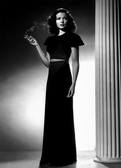 There's so much I love about this photo.    Gene Tierney, 1940s