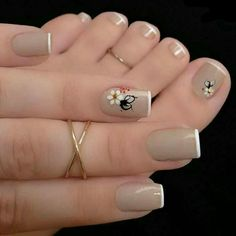 So Ni Manicure pedicure Nail art Nail design Fabulous Nails, Perfect Nails, Gorgeous Nails, French Nail Designs, Toe Nail Designs, Nagel Stamping, Nagellack Trends, Manicure E Pedicure, Pedicure Colors