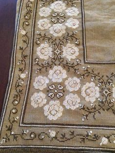 Cross Stitch Borders, Cross Stitch Rose, Cross Stitch Flowers, Cross Stitch Charts, Cross Stitch Embroidery, Embroidery Patterns, Hand Embroidery, Cross Stitch Patterns, Sewing Patterns