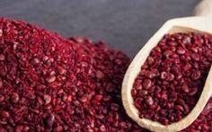 Wild Edibles: Sumac Berries - Farmer's Almanac Spice Blends, Spice Mixes, Edible Wild Plants, Wild Edibles, Healing Herbs, Healthy Foods To Eat, Diet And Nutrition, Cooking, Herbs