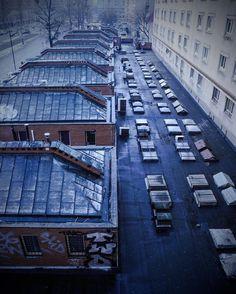 Shared by mini_joanka #landscape #contratahotel (o) http://ift.tt/1KVd6JF #mood #winter #3floor #roof #rooftop #sexshop #sexshops #roofs #roofwindow #grey #blue #snow #snowy #muranów #warszawa #warsaw #city #urban #cityview  #citylandscape #pawilony #architecture #1965 #ufo #ufos #alien #thespot #mykitchen