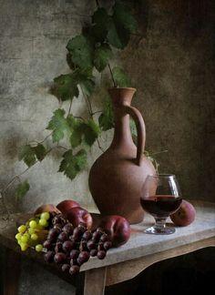 Still Life Photos, Still Life Art, Fruit Photography, Still Life Photography, Fruit Painting, Grape Painting, Home Entrance Decor, Fruits Photos, Autumn Scenes