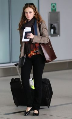 Alexis Bledel Photos: Alexis Bledel at Pearson International Airport
