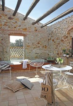 Dream Door 24 by Ana Rosina: Decor Inspiration - A casa celeiro Outdoor Stone, Rustic Outdoor, Outdoor Decor, Outside Living, Outdoor Living, Villa Design, House Design, Casa Patio, Gravity Home