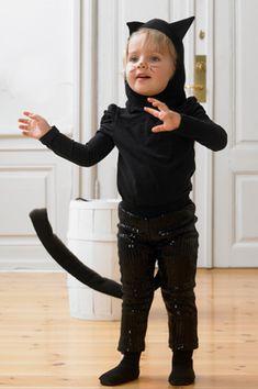 Billedresultat for sy selv fastelavnstøj Sister Costumes, Kids Carnival, Carnival Costumes, Holidays And Events, Diy For Kids, My Girl, Cute Babies, Scandinavian, Leo
