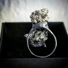 Custommade ring. #jewellery #jewelry #raw #stone #pyrite #silver #oxidized