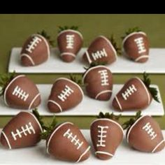 Such a cute idea for Super Bowl Sunday.