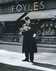 Outside Foyle's bookshop in the 1930s.