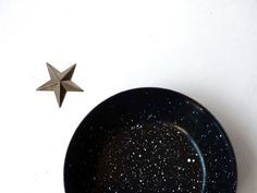 Graniteware pan white speckles on black small by ProfessorTiny