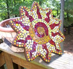 sun mosaic Mosaic Birdbath, Mosaic Garden, Mosaic Glass, Glass Art, Fused Glass, Mosaic Artwork, Mosaic Wall Art, Mosaic Tiles, Mosaic Mirrors