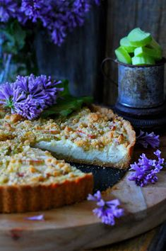 Kakkuviikarin vispailuja!: Raparperi-ricottapiirakka Ricotta, Meatloaf, Banana Bread, Desserts, Pies, Food Cakes, Bread, Recipes, Tailgate Desserts