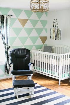 Girl's Mint, Black and White Nursery Mint, Black and White Nursery with Triangle Accent Wall - so on-trend and darling!Mint, Black and White Nursery with Triangle Accent Wall - so on-trend and darling! Mint Green Nursery, White Nursery, Nursery Modern, Gold Nursery, Project Nursery, Nursery Decor, Nursery Curtains, Nursery Ideas, Wall Decor
