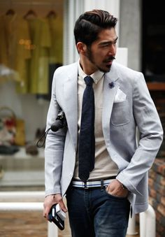 If you are looking for the best Asian beard style, you can check out these unique Asian men's beard styles. Find the right Asian beard and give yourself a cool new look! Men's Fashion, Fashion Moda, Blue Fashion, Fashion Styles, Fashion Suits, Sharp Dressed Man, Well Dressed Men, Light Blue Suit Jacket, Asian Men Hairstyle