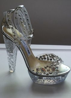 I'm thinking Cinderella.