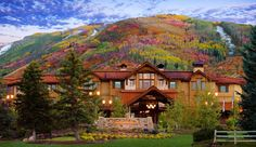 Enjoy all of the colors of the leaves during fall time in Park City at Hotel Par k City