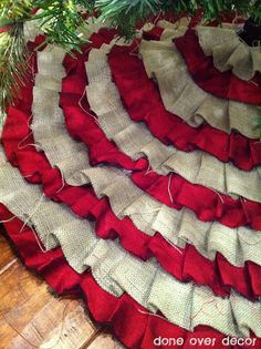 Ruffle no sew tree skirt, love the burlap and red!