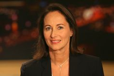 Segolene Royale, French politician born in Dakar, Senegal Emancipation, Dark Colors, Colours, Parisienne Style, Famous Women, Politicians, Tour, Portraits, France