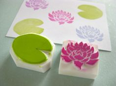 Lotus flower and leaf stamp set - Hand carved rubber stamp