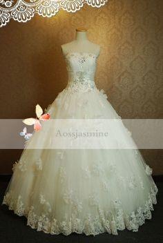 Classic ball gown flower strapless beading tulle wedding dress
