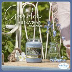 Die Garden Hideaway Kollektion wurde von der Verjüngungskraft der Natur inspiriert. Diesen Frühling geht es auf unserer Duftreise in einen geheimen Garten, einen ruhigen Rückzugsort, welcher aus reichhaltigen blumigen Düften und Zitrusnoten kreiert wurde. Ein Ort, wo Familie und Freunde zusammenkommen und entspannen können.  #yankeecandle #kerzenwelt #gardenhideaway #sunnydaydream #camelliablossom #homemadeherblemonade #watergarden #geschenktipp  #shopping #josalzburg Yankee Candle, Candles, Incense, Friends, Nature, Lawn And Garden, Candy, Candle Sticks, Candle