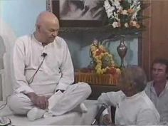 Papaji - You are that Emptiness which is here.