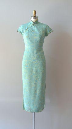 vintage 1950s Dushan Jade cheongsam dress