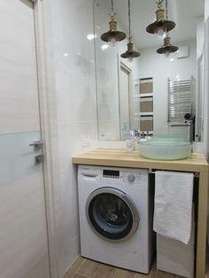Bathroom Shelves Modern Laundry Rooms Ideas For 2019 Small Tub, Small Sink, Small Space, Modern Laundry Rooms, Laundry In Bathroom, Bathroom Shelves, Bathroom Design Small, Bathroom Interior Design, Ideas Baños
