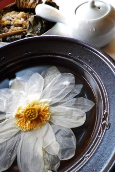 Lotus flower tea is one of Korean traditional tea.