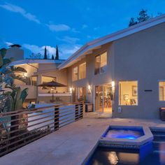 #Housesitting - In the fabulous Hollywood Hills Los Angeles, CA, USA