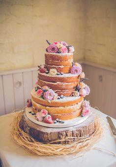 WEDDING CAKE INSPIRATIONhttp://hellomay.com.au/article/wedding-cake-inspiration-naked-cake-topper/