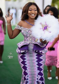 Couples African Outfits, African Lace Styles, African Dresses For Kids, African Lace Dresses, Latest African Fashion Dresses, African Wedding Attire, African Attire, African Dress Patterns, African Traditional Wedding Dress