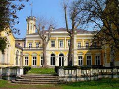 10 kevésbé ismert kirándulóhely, amely szuper családi program lehet City People, Pavilion, Hungary, Terrace, Places To Visit, Villa, Castle, Exterior, Mansions