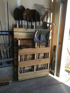 Pallet shovel holder I put together for the garage! Pallet shovel holder I put together for the garage! Pallet shovel holder I put together for the garage! Pallet shovel holder I put together for the garage! Storage Shed Organization, Garage Tool Storage, Garage Shed, Garage Tools, Diy Storage, Outdoor Storage, Storage Hooks, Lumber Storage, Diy Hooks