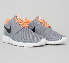 adc59fa160e80 Buy Nike Rosherun running style shoes in Wolf Grey Black-Atomic Orange-White .