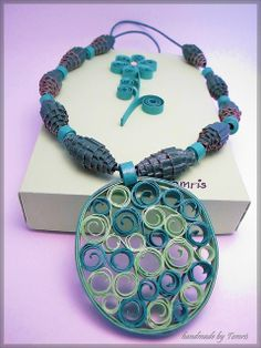 Quilling - Handmade Paper Necklace & Box - Wood Curls (1)
