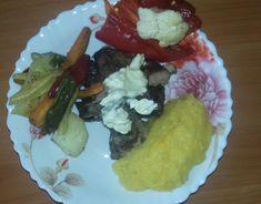Scăriţă de porc la cuptor cu legume - reţeta de duminică