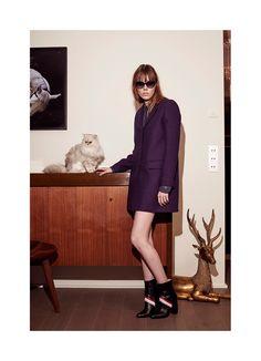 http://www.vogue.com/fashion-shows/pre-fall-2016/paul-joe/slideshow/collection