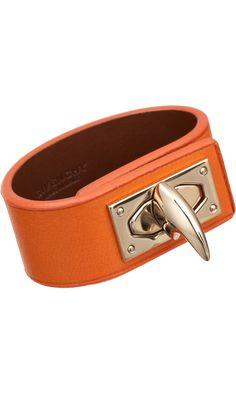 GIVENCHY Shark Lock Leather Bracelet want one.it looks as though it could double as a bottle opener. Steampunk Accessories, Women Accessories, Fashion Accessories, Givenchy Shark, Trendy Clothing Stores, Colorful Bracelets, Leather Working, Jewelry Collection, Cuff Bracelets