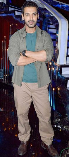 John Abraham visits the sets of the dance reality show 'Jhalak Dikhhla Jaa' to promote his upcoming film 'Madras Cafe' #Bollywood #Fashion