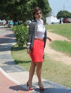 Divina Ejecutiva: Mis Looks - Blanco, negro & rojo #divinaejecutiva #officeattire #workinglook #workinggirl #redskirt #bipolar #h&m #mng