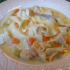 Creamy Chicken Noodle Soup (crock pot - no canned soup) I made this tonight-it was yummy-I used vegetable rotini pasta instead of egg noodles and omitted the mushrooms(can also be made on stove top) Soup Recipes, Slow Cooker Recipes, Chicken Recipes, Cooking Recipes, Crockpot Meals, Chicken Soups, Healthy Recipes, Drink Recipes, Slow Cooking